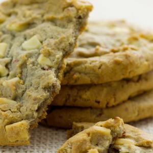 White Chocolate Chip Cookies - homemade
